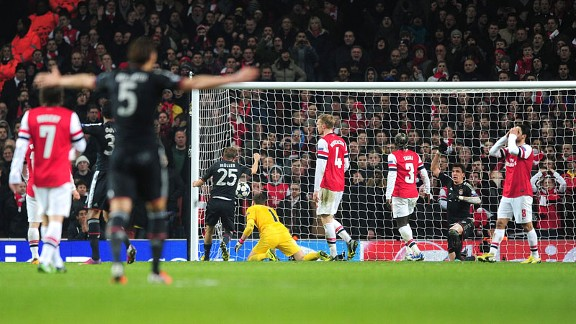Arsenal suffered a damaging 1-3 defeat against Bayern Munich