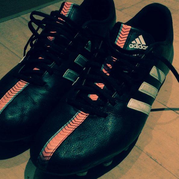 1 - Adidas 11Nova
